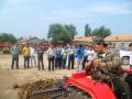 牛家营子镇政府领导到淇艺公司试验基地视察指导